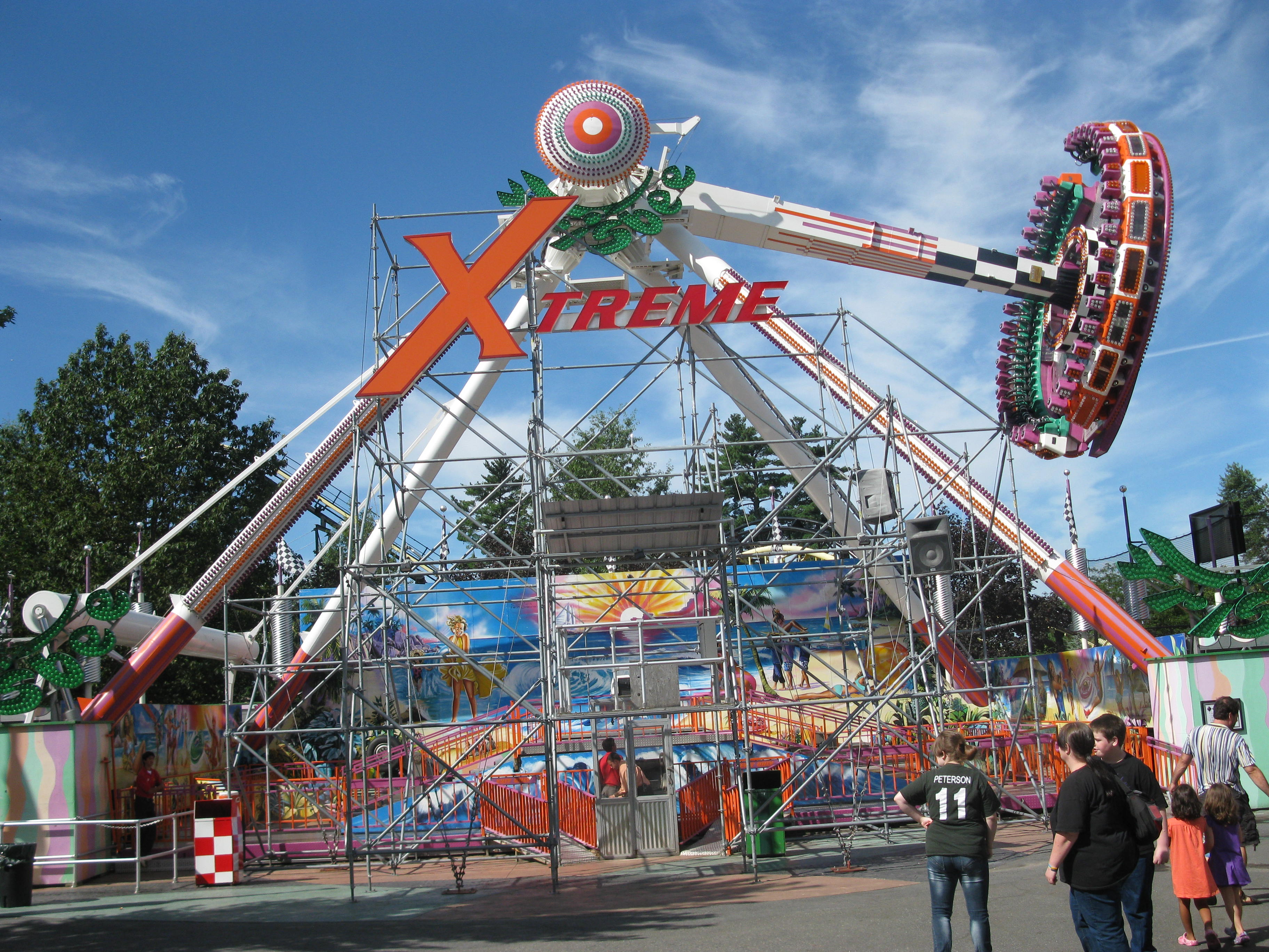 amusement theme park Whether roller coasters, giant wheels, flat rides, lighting, control systems, people movers, or the refurbishment of an old ride, amusement technical has a wide range of services to meet even the most complex of requirements.